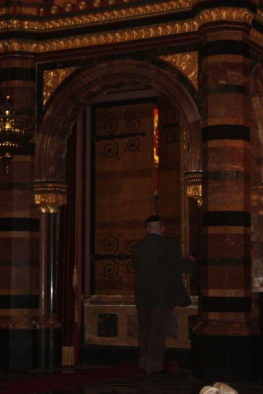 Synagogue10