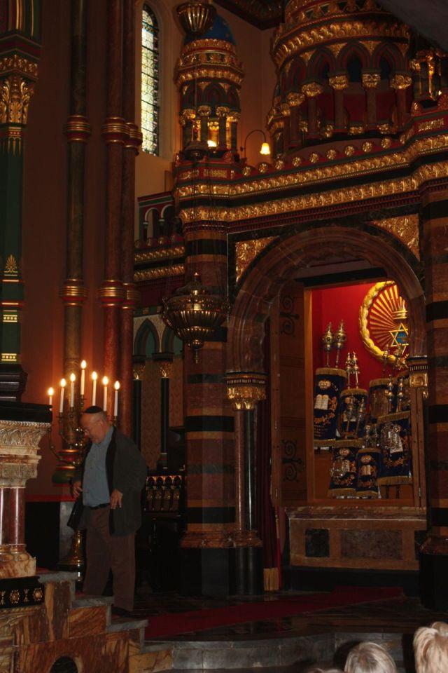 Synagogue12