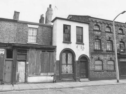 87-89 Falkner Street.