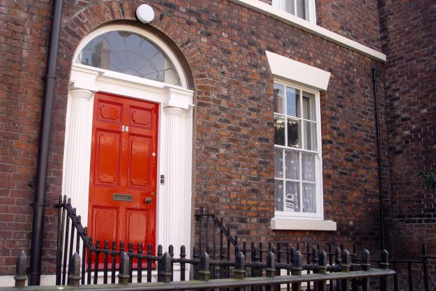 My first girlfriend, Pat, lived in this ground floor flat in 36 Falkner Street in the 1970s.