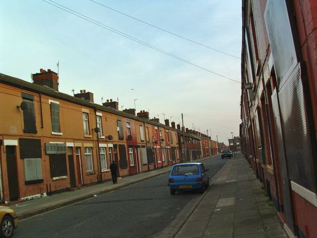 Saunby Street, Garston in 2002. Awaiting demolition.