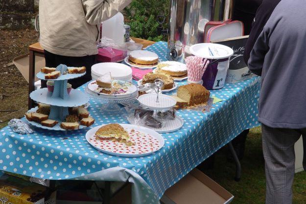 Cakes and tea.