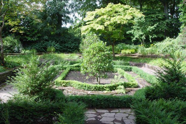 But its sunken garden remains.
