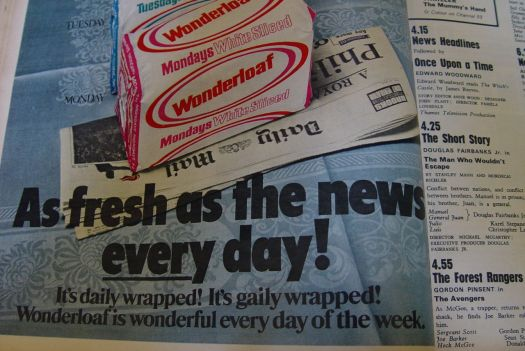 Different coloured daily wrapping for nutritionally worthless pap. Correctly displayed though, on a Daily Mail.