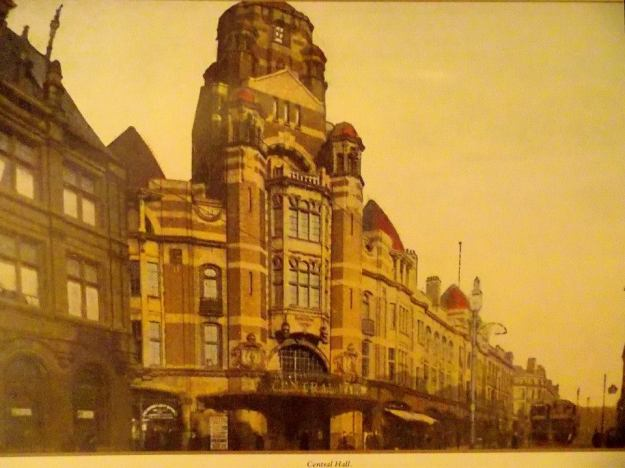 An early postcard, in the days of trams.