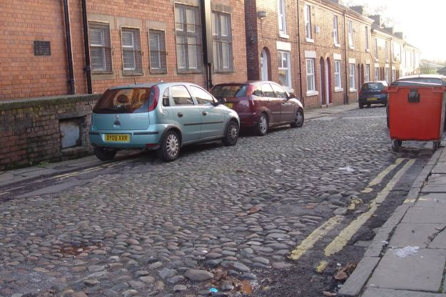 Bits of old off the High Street. Wells Road, still cobbled.
