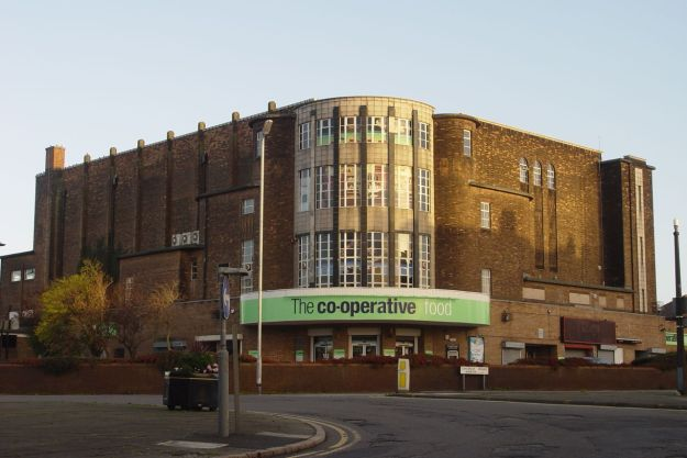 It's a Co-Op shop now, a good one too. but it used to be the Abbey Cinerama.