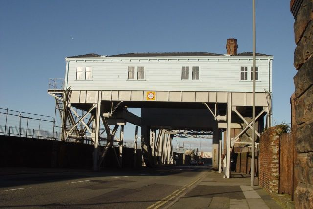 In fact in my own mind I always thought of my Dad as having grown up living in here, the Bascule Bridge.