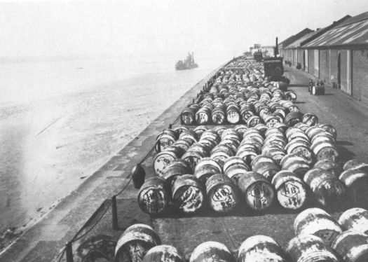 On the river side of the Toxteth dock, May 1922. Casks of Palm Oil.