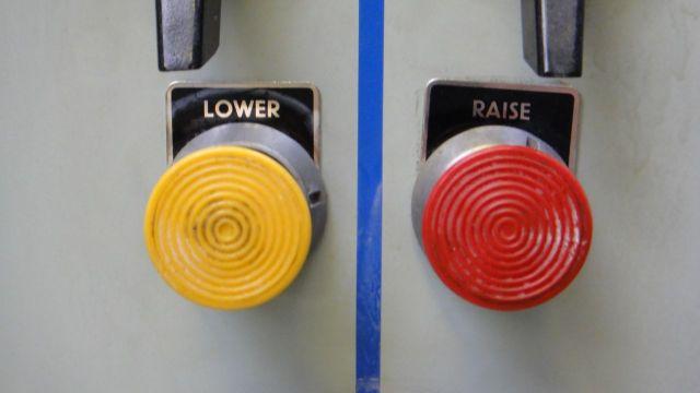 Elegantly simple air flow controls.