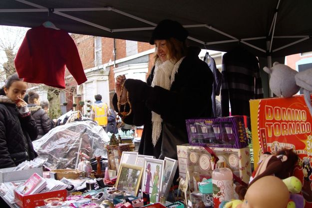Regular at the 4 Streets Market, Diane Jansen.
