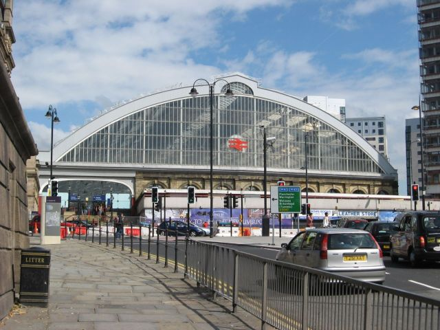 The ugly row of little shops that stood in front of Lime Street Station for 40 years or so.
