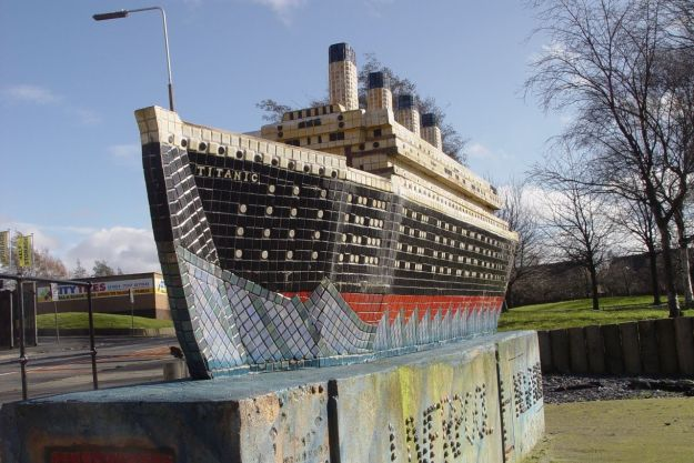 At least they've got a Titanic model as an end feature, so that's all right then.