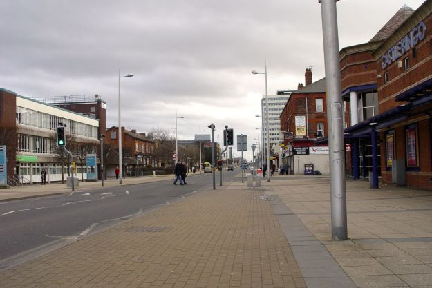 Along Stanley Road it's almost deserted. 3o'clock on a Saturday afternoon.