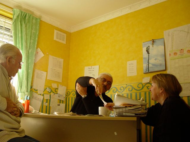 Sarah, talking with residents from the Westminster Estate in Kirkdale as we make the stock transfer film.