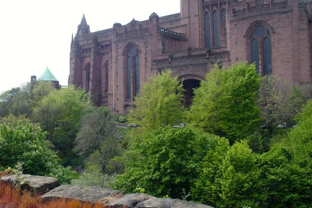 Past St James Gardens, also filling up with spring foliage.