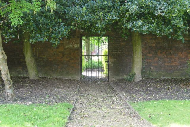 And into Edge Lane's jewel. The Botanic Gardens.