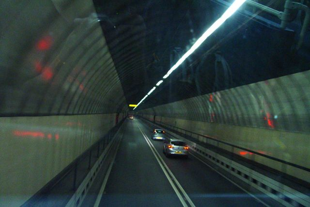 Buses can drive in the inside lane in this one, unlike the older tunnel.