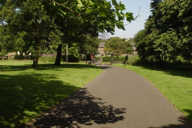 Down the driveway of the Woolton estate we approach the village of Woolton.