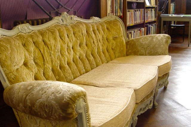 Comfortable chairs.