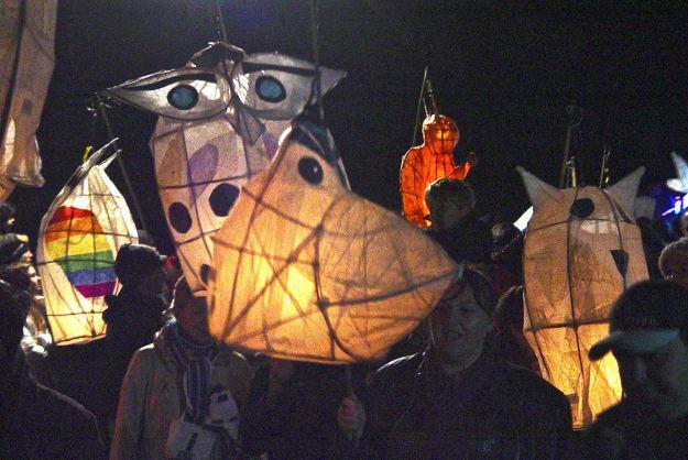 Thousands of lanterns.