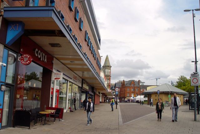 Then back at London road, the circular walk completed.