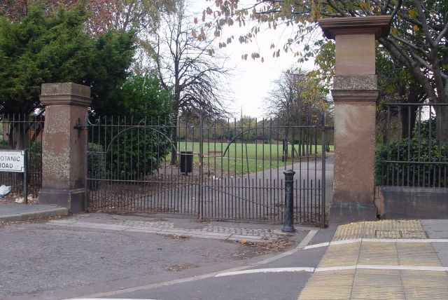 We're also passing to the second location of William Roscoe's Botanic Garden.
