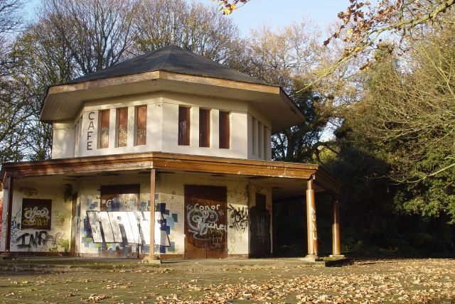 Where his house stood later became the park Café. Long closed now.