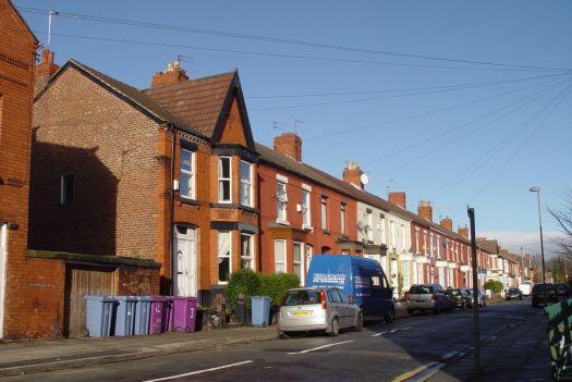 Passing Lidderdale Road.