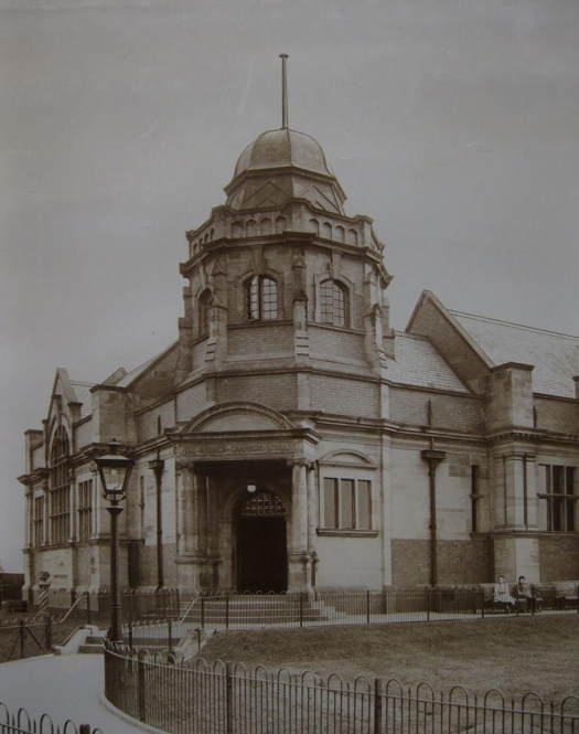 Lister Drive Library in 1912.