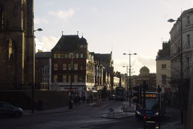 Turning into Leece Street.