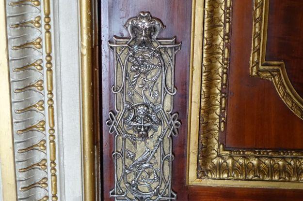 An original doorplate.