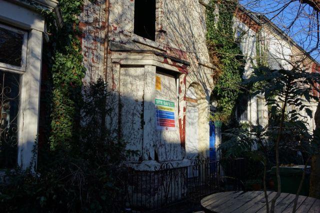 No. 49 Cairns Street.