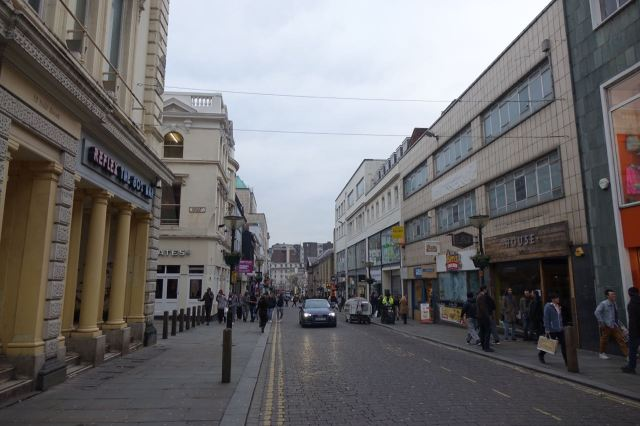 Walking on, a mild Query. Why are so many cars driving along the 'pedestrianised' part of Bold Street these days?