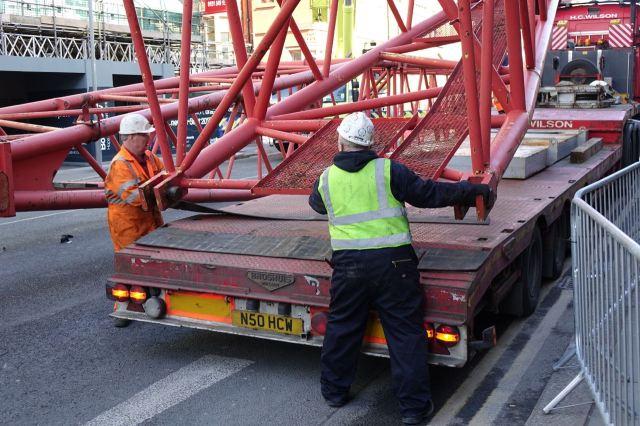 Giant Cranes49