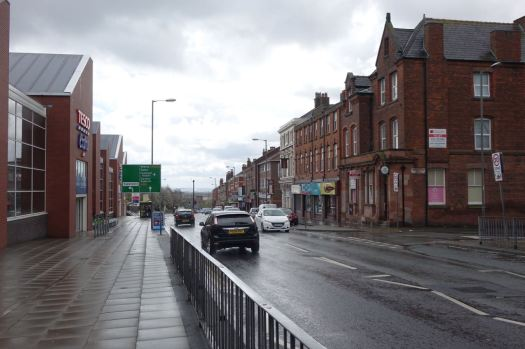 Along Park Road, the Dingle's only remaining main road, no bollards.