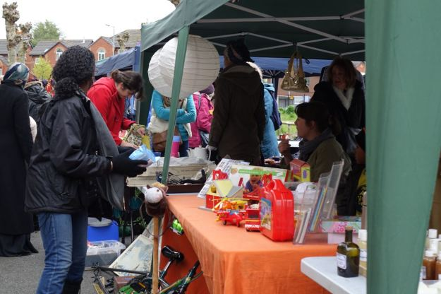 In between the raindrops the shopping continues.