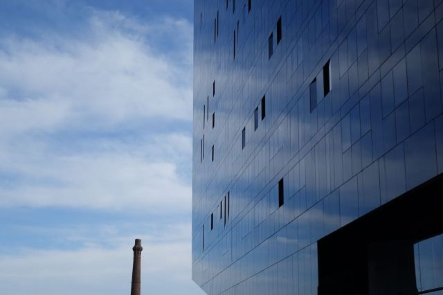 They're good for arty pictures of reflected sky though.