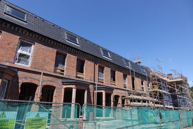 Before leaving I have a good look at the Plus Dane restoration at the Princes Avenue end of Beaconsfield Street.