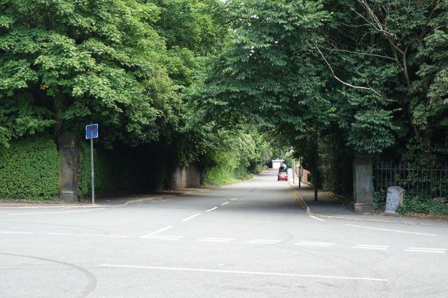 Leaving the park along Ibbotson's Lane.