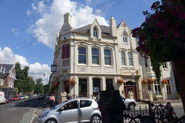 The Albert, Lark Lane's other pub. Haven't been in here since on, early 1980s when I was drinking beer for England?