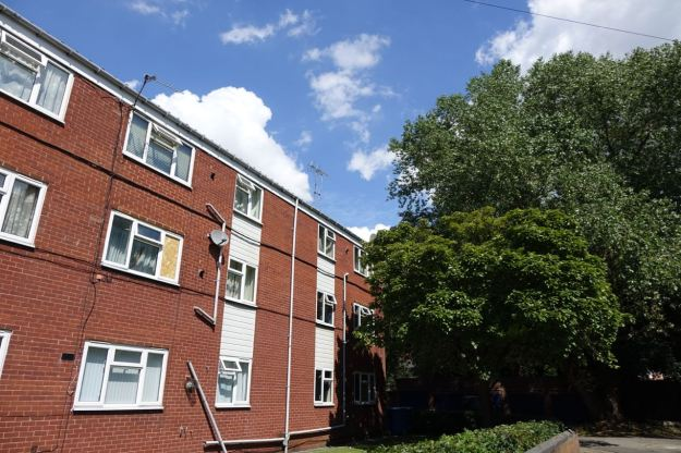 A mix of flats and council houses. A bit of a Lark Lane secret.