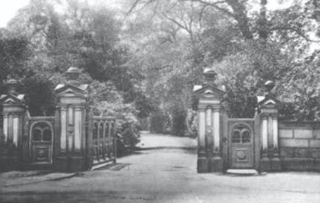 These were the gates to La Sagesse.