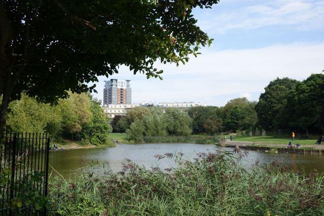 Into Princes Park. Grade I Heritage.