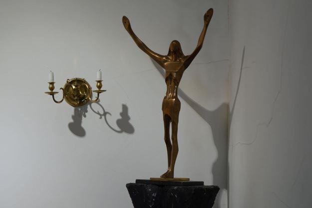 They're very proud of their Arthur Dooley bronze of Jesus.