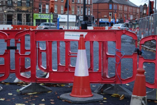 Yes, I'm taking pictures of roadworks.