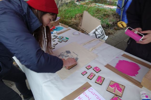 Long time market supporter Hannah Spanner Martin was there with her dad and her friend Cecily Chua.