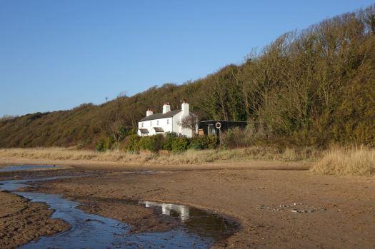 Idyllic Shaw Cottage.
