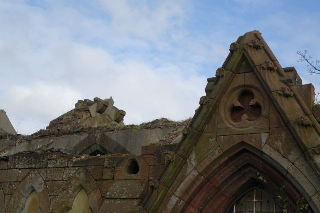 But some of the chapels in here have seen better days.