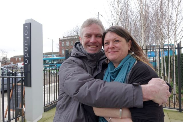 Phil and Maxine of Rotunda. Keeping warm in the winter wind!